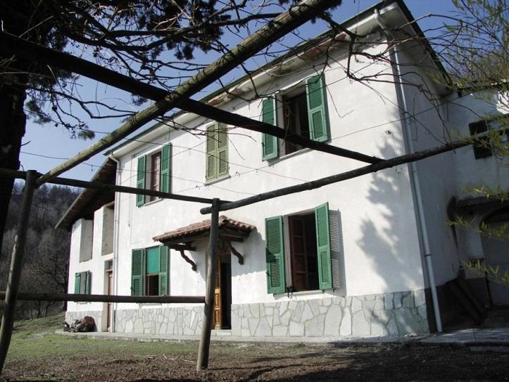 bistagno-facade1